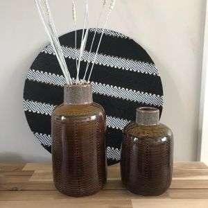 Vaas bottled brown