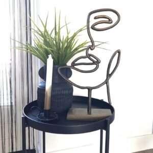 zwarte vaas met ornament