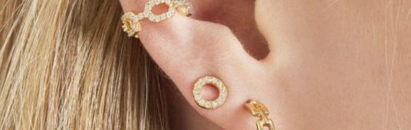 minimalistische oorbellen combineren